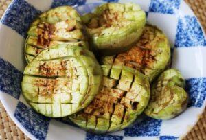 (市川町)笠形オーガニックファーマーズの「牛尾青なす」を使って新レシピ