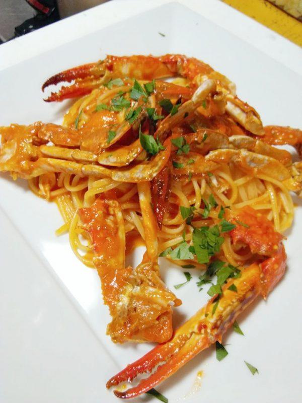 恒例の渡り蟹のトマトクリームが登場|ラ・ミア・カーサ