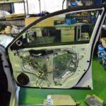 ホンダインサイトのスピーカーをデッドニング(デトニング)施工しました。|マツモト自動車
