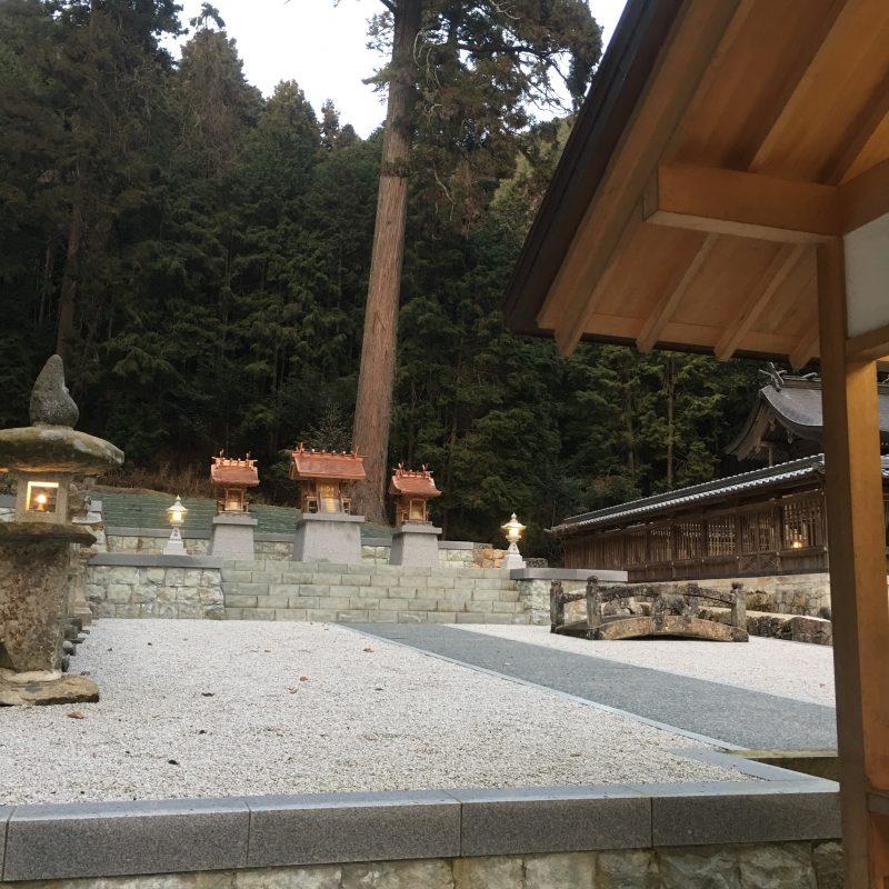 神明社、小笠原神社、金刀比羅社