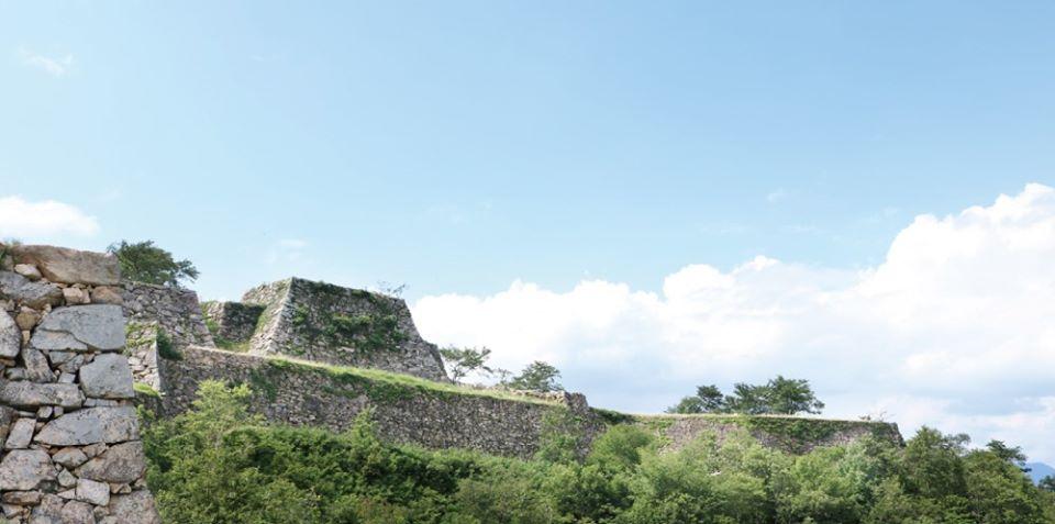 【朝来市】竹田城跡が開山。イベントも|3月1日