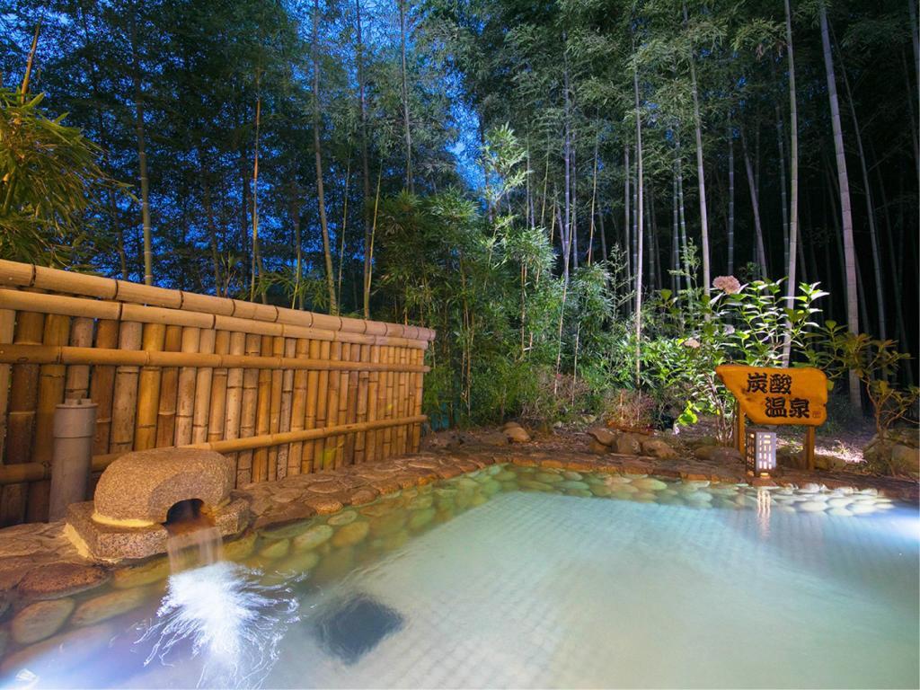 【姫路市】民営化された竹取の湯「香寺荘」|4月限定。宿泊料を決めるのはアナタ