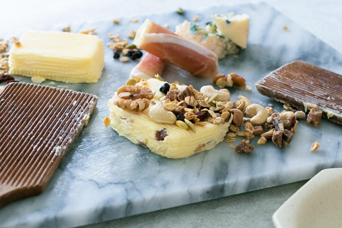 【カノーブル】料理のようにそのまま食べる「グルメバター」フルーツや木の実の食感や香り