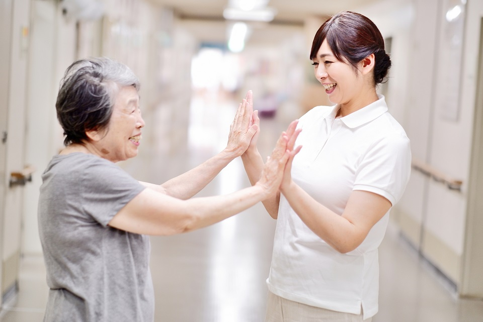 看護師指名制度「また来てやリクエスト」を開始