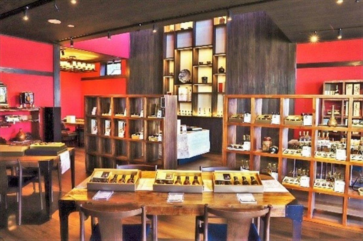 青海波 古酒の舎(こしゅのや)オープン 厳選古酒が淡路島に集結