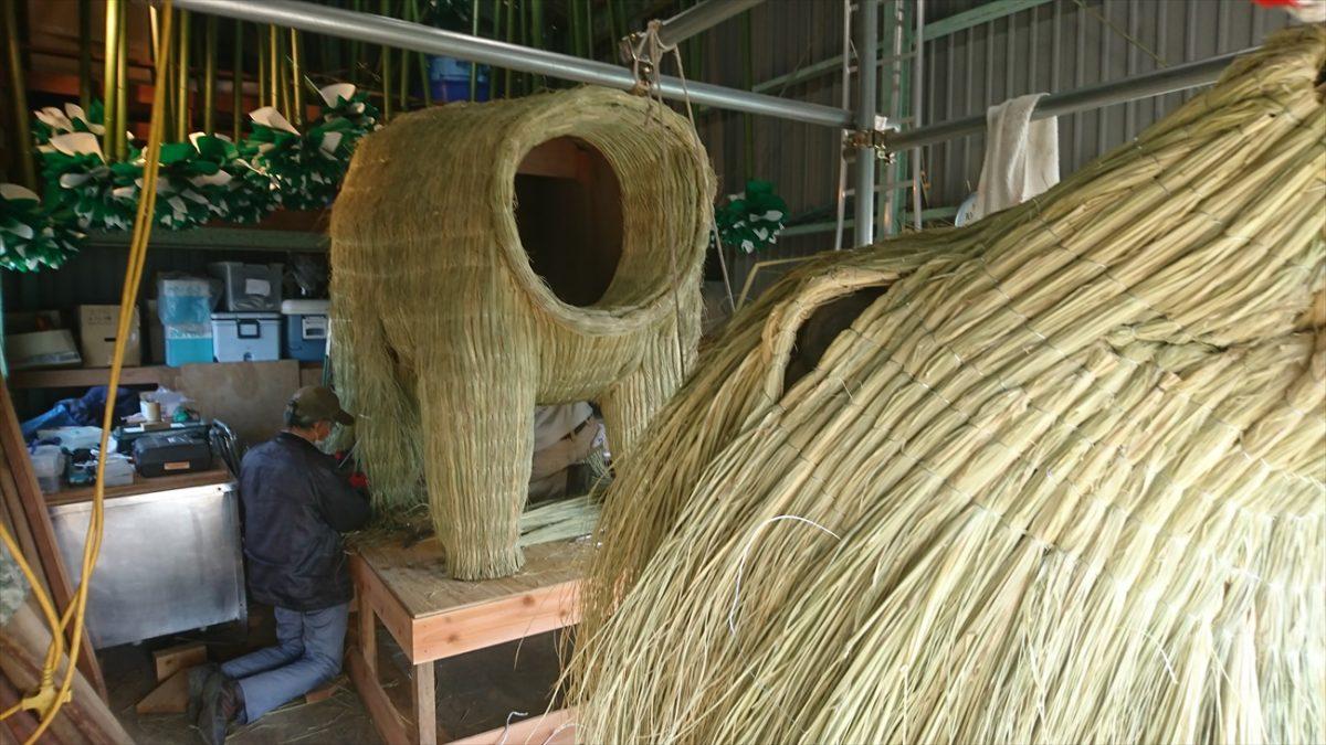 巨大干支飾り 『丑』の製作現場に訪問してみた|市川町