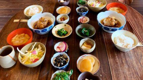 【市川町】小鉢に並んだ旬の野菜がカラフル!きまぐれランチ 暮農音(くらしのおと)