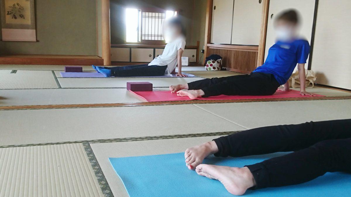 【福崎町】自身と向き合うヨガタイム「ヨーガ教室ONE」で心と身体をリフレッシュ