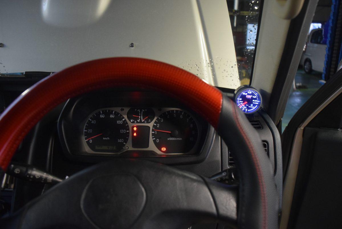 パジェロミニ(H58A)のマフラー交換 HKS ブースト計も取付 姫路市