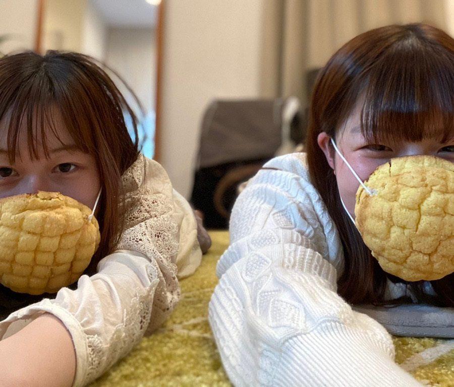 【食べられるマスク】本物のメロンパンが高性能マスクに