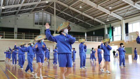 【朝来市】伝統文化を次の世代へ。生野中学校で「生野おどり」講習会