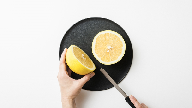 【おしゃれ】まな板になるお皿『CHOPLATE(チョップレート)』